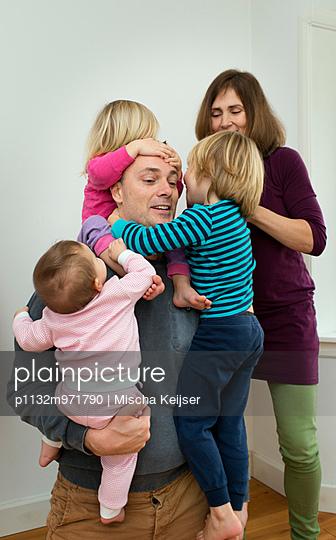Familienbande - p1132m971790 von Mischa Keijser