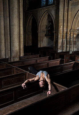 Ballet dancer in a church - p1139m2210708 by Julien Benhamou