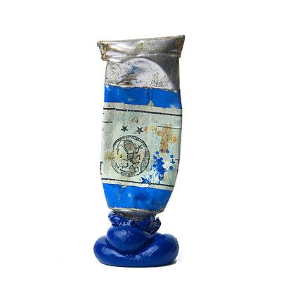 Blue paint - p813m740985 by B.Jaubert